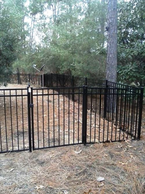 220 Ft of 5 Ft Black Aluminum Fence