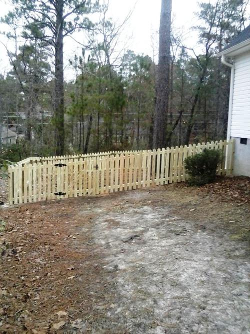 250 Ft of 4 Ft Picket Fence