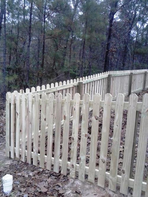 4 Ft Picket Fence